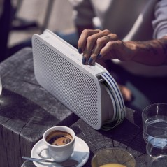 Mobile speaker BEOPLAY A2 ACTIVE