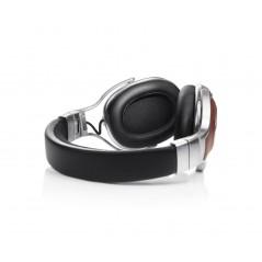 Referencyjne słuchawki nauszne z obudową zamkniętą AH-MM400